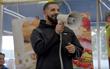 Thống trị suốt 4 tuần chưa đủ, Drake còn đưa thêm hit mới vào Top 10 Hot 100