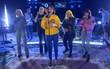 Sân khấu trong mơ: Dua Lipa rủ Charli XCX, Zara Larsson và MØ hát chung hit mới