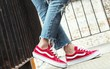 """5 loại giày ai cũng nên """"né"""" kẻo vừa làm hôi chân, vừa gây hại sức khoẻ"""