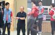 """""""Ngộ Không"""" Lee Seung Gi cuối cùng đã gặp HLV U23 Park Hang Seo, fan Việt miệt mài đợi dàn sao hot xứ Hàn"""