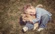 Vì sao chúng ta có nghĩ nát óc cũng chẳng nhớ những gì xảy ra hồi còn bé?