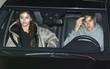 """Selena như """"chất gây nghiện"""" với Justin, khiến anh không thể ngừng nhớ nhung khi xa nhau"""