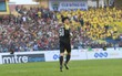 FLC Thanh Hóa bại trận, Bùi Tiến Dũng nhận bàn thua đầu tiên ở V.League 2018