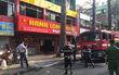 TP.HCM: Cháy khách sạn 12 tầng ở quận 5, gần 20 người mắc kẹt hoảng loạn kêu cứu