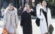 """Kỳ tuyển sinh của """"lò đào tạo Idol Trung Quốc"""": trời quá rét khiến các thí sinh chẳng màng lồng lộn, ai cũng diện áo phao đại hàn như đồng phục"""