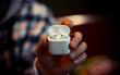 Mua tai nghe Airpod 4 triệu xong cứ tưởng bị Apple lừa, ai ngờ đáng đồng tiền bát gạo!