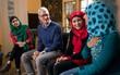 Giám đốc Apple và chủ nhân giải Nobel 2014 Malala Yousafzai hợp tác trong chiến dịch đưa 100.000 bé gái trên khắp thế giới tới trường