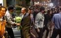 Clip: Bi Rain về khách sạn trong vòng vây nhiệt tình của fan Việt
