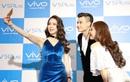 Hoàng Thuỳ Linh, Vĩnh Thụy, Diệp Lâm Anh mê mẩn selfie với bộ đôi camera trước 20MP của Vivo V5Plus