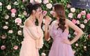 Phạm Hương, Lan Khuê diện váy bánh bèo, mê mẩn nói về hương hoa hồng Pháp