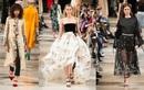 """New York Fashion Week 2019: Đợi ông lớn """"tung chiêu"""", háo hức chờ màn chào sân của PHUONG MY"""