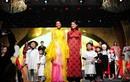 H'Hen Niê cùng nhiều sao Việt tỏa sáng trong đêm gala tổng kết Lễ hội Áo dài 2019