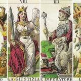 Chọn một lá bài Tarot để dự đoán chuyện tình duyên của mình trong thời gian sắp tới