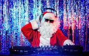 """""""Đổi máu"""" playlist Giáng sinh với 10 hit quen mà lạ được remix theo phong cách EDM"""