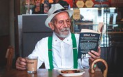 Khi tuổi tác chỉ là con số: Cụ ông trăm tuổi sành điệu lịch lãm gây sốt MXH Ấn Độ