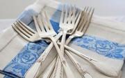 Sử dụng đồ dùng bằng kim loại để đựng đồ ăn đem lại cho bạn những lợi ích gì?