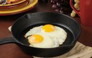 Nhiễm khuẩn Salmonella - điều cần biết về nguyên nhân thu hồi hàng triệu quả trứng ở Mỹ trong tháng qua