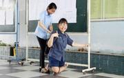 Phòng thi đặc biệt của các thí sinh khuyết tật, bị tai nạn không thể tự chép bài, phải có người chép hộ