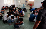 121 dân chơi dương tính ma tuý chạy tán loạn ở khách sạn Sài Gòn