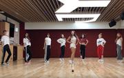 Khoe clip vũ đạo cho bài hát chào hè, TWICE khai trương phòng tập mới toanh của JYP
