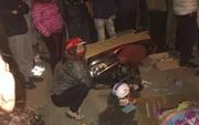 Hà Nội: Xe máy va chạm với xe tải trong đêm, một nữ giáo viên tử vong thương tâm