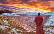Trung Quốc phá dỡ nhà cửa ở học viện Phật giáo lớn nhất thế giới