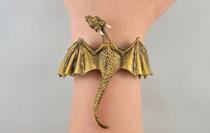 Bộ trang sức cực chất lấy cảm hứng từ Mẹ rồng Daenerys Targaryen