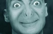 Dù ngài Bean vào vai siêu anh hùng thì vẫn cứ là cười không nhặt được mồm