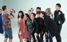 Dàn diễn viên thi nhau khoe giọng hát hài hước trong MV nhạc phim