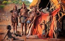 Chùm ảnh: Nét văn hóa có một không hai của bộ lạc kỳ lạ ở Namibia