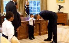 Câu chuyện phía sau bức ảnh cậu bé 5 tuổi khiến Tổng thống Obama phải cúi đầu