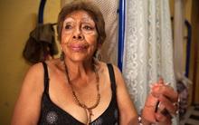 """Chùm ảnh: Cuộc sống của những gái mại dâm """"nghỉ hưu"""" ở Mexico"""