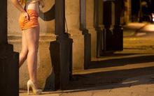 Nguyên nhân đau lòng khiến nhiều thanh thiếu niên Mỹ bán rẻ thân xác của mình