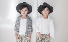 """Hai anh em sinh đôi chỉ mới 5 tuổi này đang """"làm mưa làm gió"""" Instagram vì quá dễ thương!"""