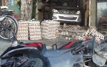 Đà Nẵng: Ô tô lùi xe, lao vào quán cà phê khiến 2 người nguy kịch, chủ quán ngất xỉu