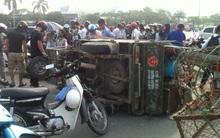 Hà Nội: Va chạm với xe thương binh, nữ sinh viên bị thương nặng