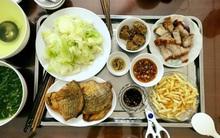 Chóng hết cả mặt với quy tắc nấu nướng, ăn cơm, rửa dọn bố mẹ Việt dạy con gái