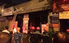Hà Nội: Chập điện, đám cháy lan sang quán thịt nướng khiến nhiều người hốt hoảng