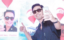 Huyền My, Phan Anh selfie nhí nhảnh tại sự kiện
