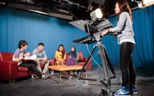 Sinh viên Việt Nam tại Học viện MDIS tham gia cuộc thi làm phim dành cho sinh viên tại Singapore