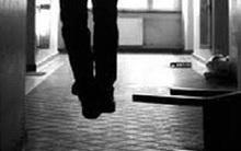 Hoảng hồn phát hiện người đàn ông nước ngoài chết trong tư thế treo cổ trong nhà vệ sinh ở Hội An