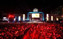 """Lễ hội âm nhạc kết hợp dã ngoại của Việt Nam gây thất vọng khi ca sĩ bỏ show, vướng loạt """"sạn"""""""