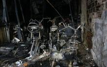 Chùm ảnh: Hiện trường tan hoang sau vụ cháy nhà ở đường Lê Văn Sỹ khiến gia đình 6 người thiệt mạng