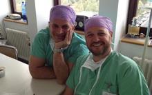 Nhỡ tay cắt nhầm tinh hoàn bệnh nhân, bác sĩ chống chế rằng nó bị... ngót lại