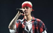 """Từ tốn đề nghị fan ngừng la hét, Justin Bieber bị chửi """"thô lỗ"""""""