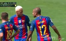 Phản ứng gây sốc của Neymar với đồng đội trẻ
