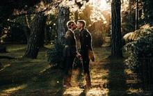 Úc: Đám cưới đẹp như cổ tích của cặp đôi đồng tính nam khiến nhiều người xuýt xoa