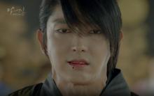"""Moon Lovers: """"Anh Tư"""" Lee Jun Ki xấu số, uống phải trà hạ độc từ chính mẹ mình"""