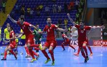 Huyền thoại Falcao lập hat-trick, futsal Brazil vẫn thua sốc Iran ở vòng knock-out World Cup
