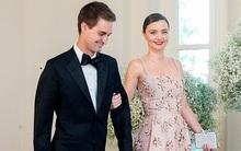 Miranda Kerr diện váy hoa lộng lẫy sánh đôi bạn trai tỷ phú tại Nhà Trắng